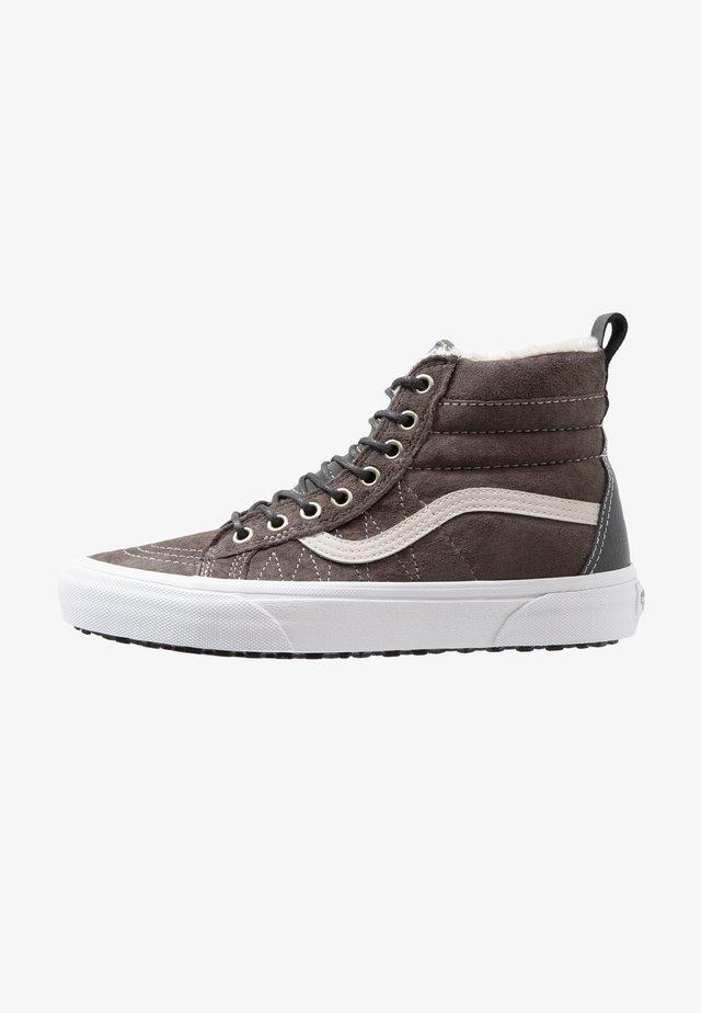 SK8-HI MTE - Höga sneakers - grey