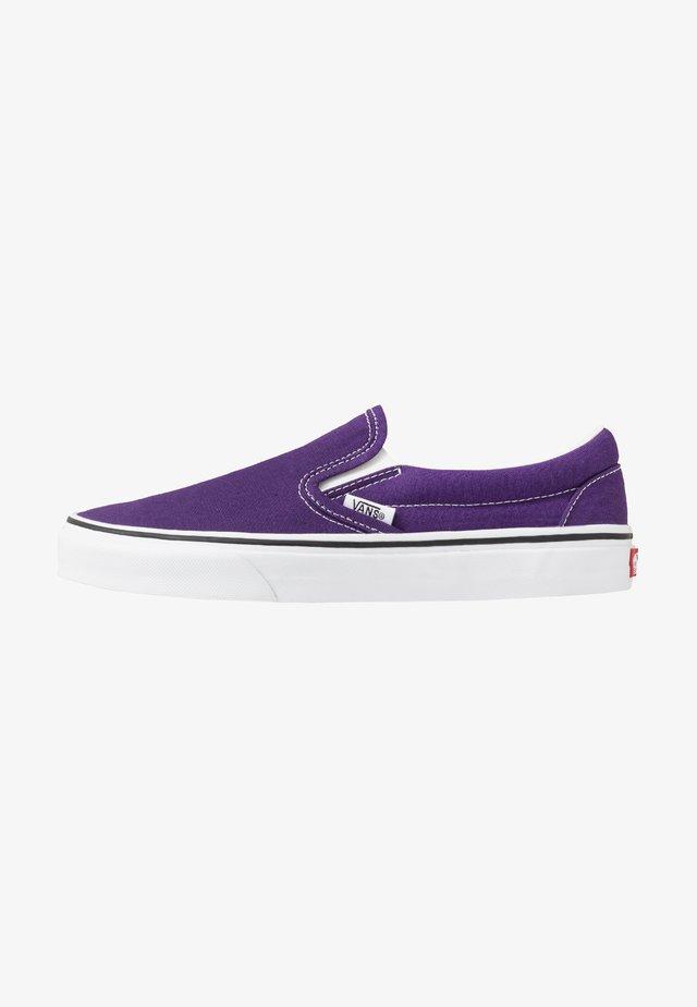 CLASSIC SLIP-ON  - Mocasines - violet indigo/true white