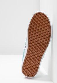 Vans - CLASSIC SLIP-ON  - Mocasines - aqua haze/true white - 4