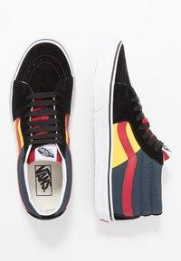 Vans - SK8 MID - Sneakers alte - black/true white - 1