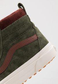 Vans - SK8 MTE - Sneaker high - deep lichen green/root beer - 5