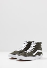 Vans - SK8 - Korkeavartiset tennarit - forest night/true white - 2