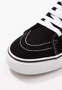 Vans - SK8 - Scarpe skate - black/true white - 6