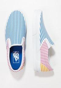 Vans - CLASSIC SLIP-ON - Mocassins - blue - 1