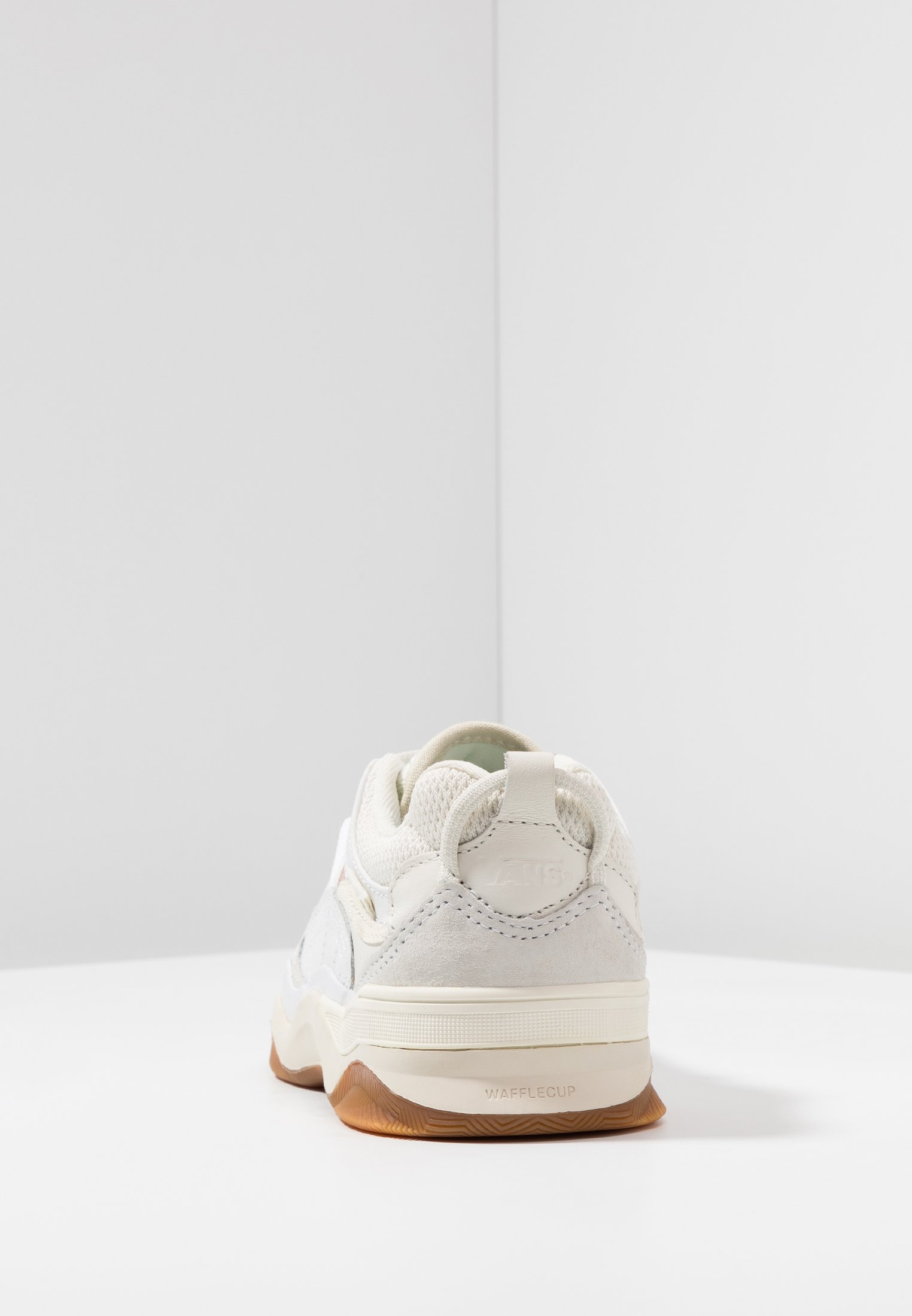 Vans VARIX WC - Baskets basses - true white/marshmallow