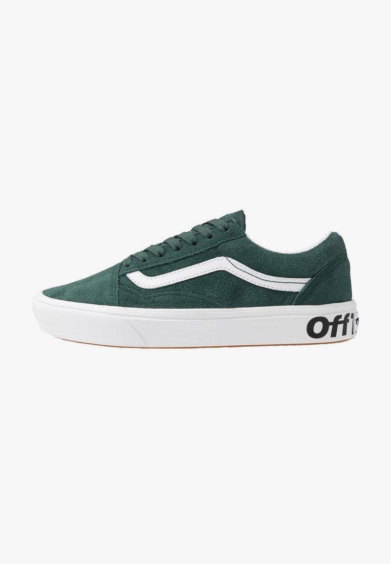 Vans - COMFYCUSH OLD SKOOL - Sneakers laag - trekking green/true white