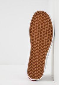 Vans - AUTHENTIC - Baskets basses - burnt brick/true white - 4