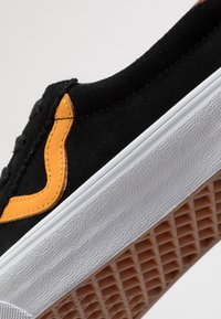 Vans - SPORT - Trainers - black/cadmium yellow - 6