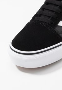 Vans - OLD SKOOL - Sneakers basse - black - 5