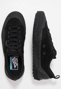 Vans - DESTRUCT - Trainers - black - 1