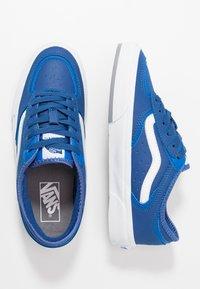 Vans - ROWLEY - Skate shoes - blue/gray - 1