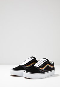 Vans - OLD SKOOL - Sneakersy niskie - black/multicolor/true white - 2