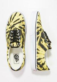 Vans - UA ERA TIE DYE - Skateschuh - blazing yellow/true white - 1