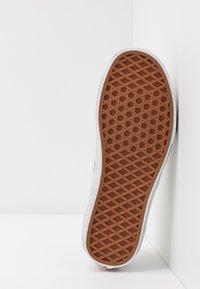 Vans - AUTHENTIC - Trainers - grape leaf/black - 4