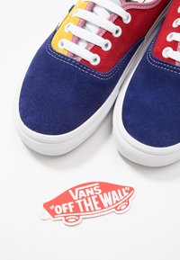 Vans - AUTHENTIC - Sneakers basse - sunshine/multicolor/true white - 5