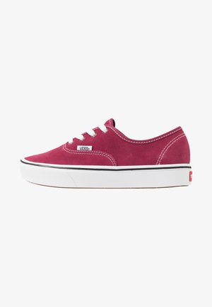 COMFYCUSH AUTHENTIC - Sneakers basse - beet red/true white