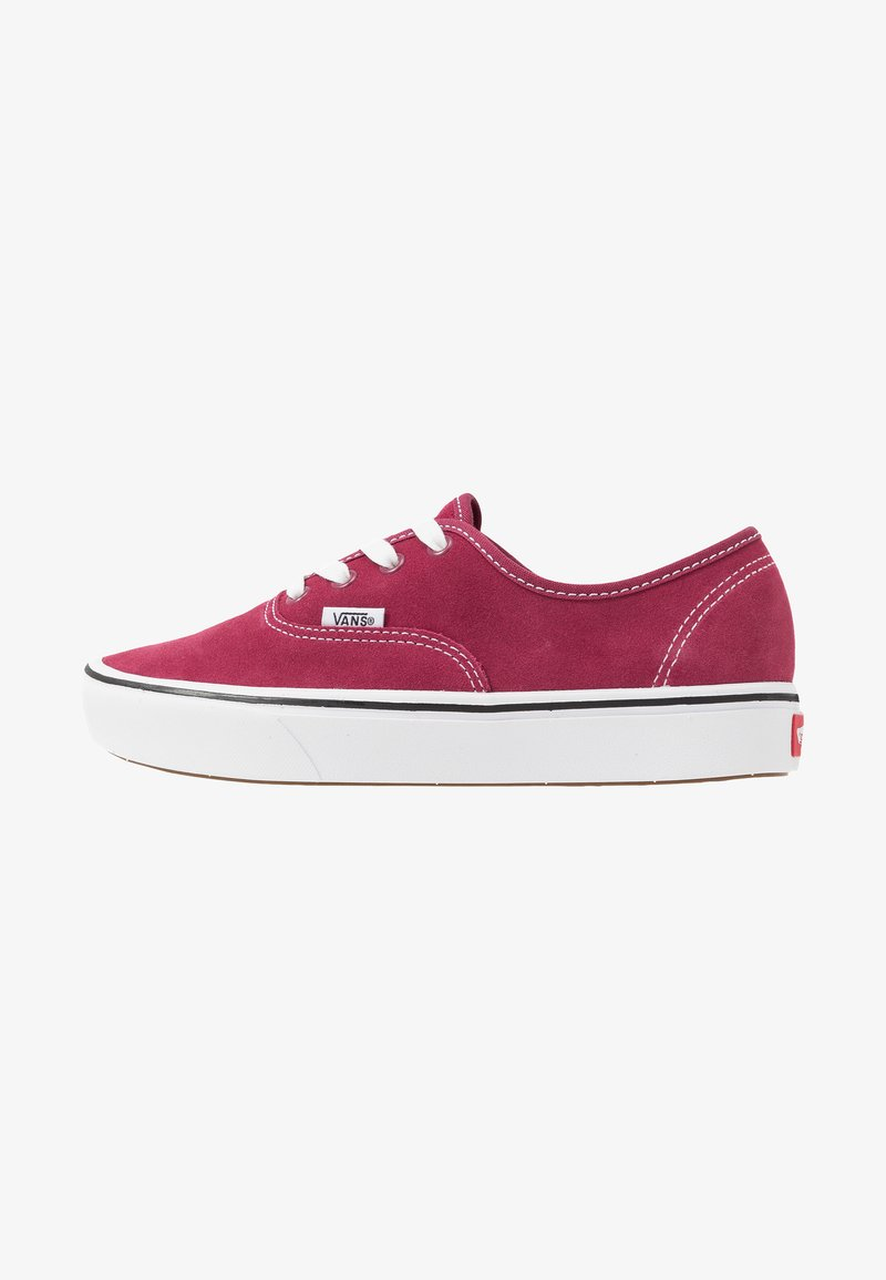 Vans - COMFYCUSH AUTHENTIC - Sneakers - beet red/true white