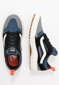 Vans - ULTRARANGE 3D - Sneakersy niskie - gibraltar sea/marshmallow - 1