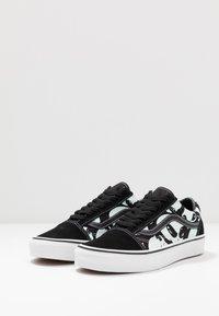 Vans - OLD SKOOL - Sneakersy niskie - black/true white - 2