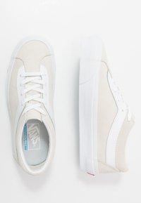 Vans - BOLD - Trainers - marshmallow/true white - 1