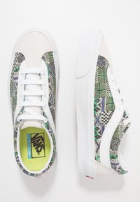 Vans - BOLD - Sneakersy niskie - white - 1