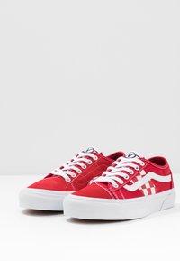 Vans - BESS  - Skateskor - red/true white - 2