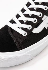 Vans - BESS  - Skateschoenen - black/true white - 6