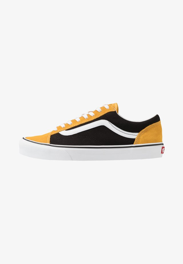 STYLE 36 - Sneakers - mango mojito/black
