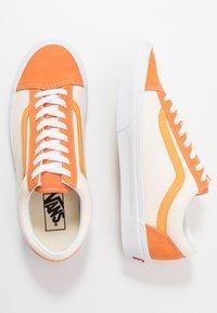Vans - STYLE 36 - Sneakers laag - amberglow/marigold - 1