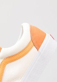 Vans - STYLE 36 - Sneakers laag - amberglow/marigold - 6