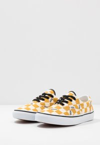 Vans - ERA - Baskets basses - yolk yellow/true white - 2