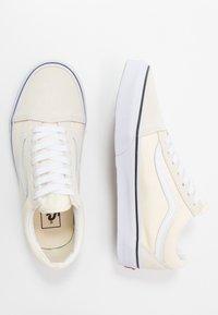 Vans - OLD SKOOL - Skateskor - classic white/true white - 1