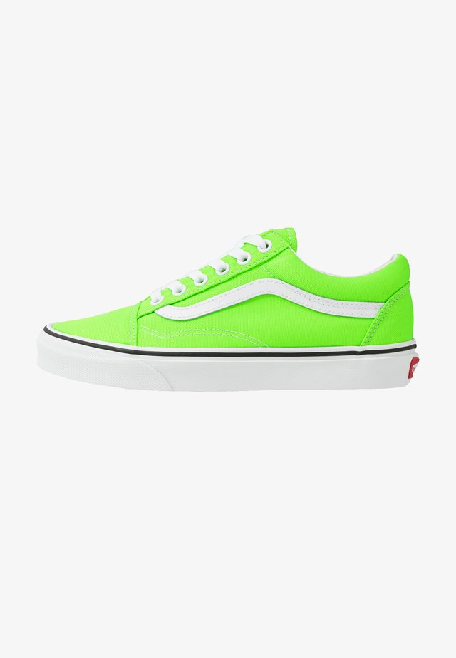 OLD SKOOL - Zapatillas skate - neon green gecko/true white