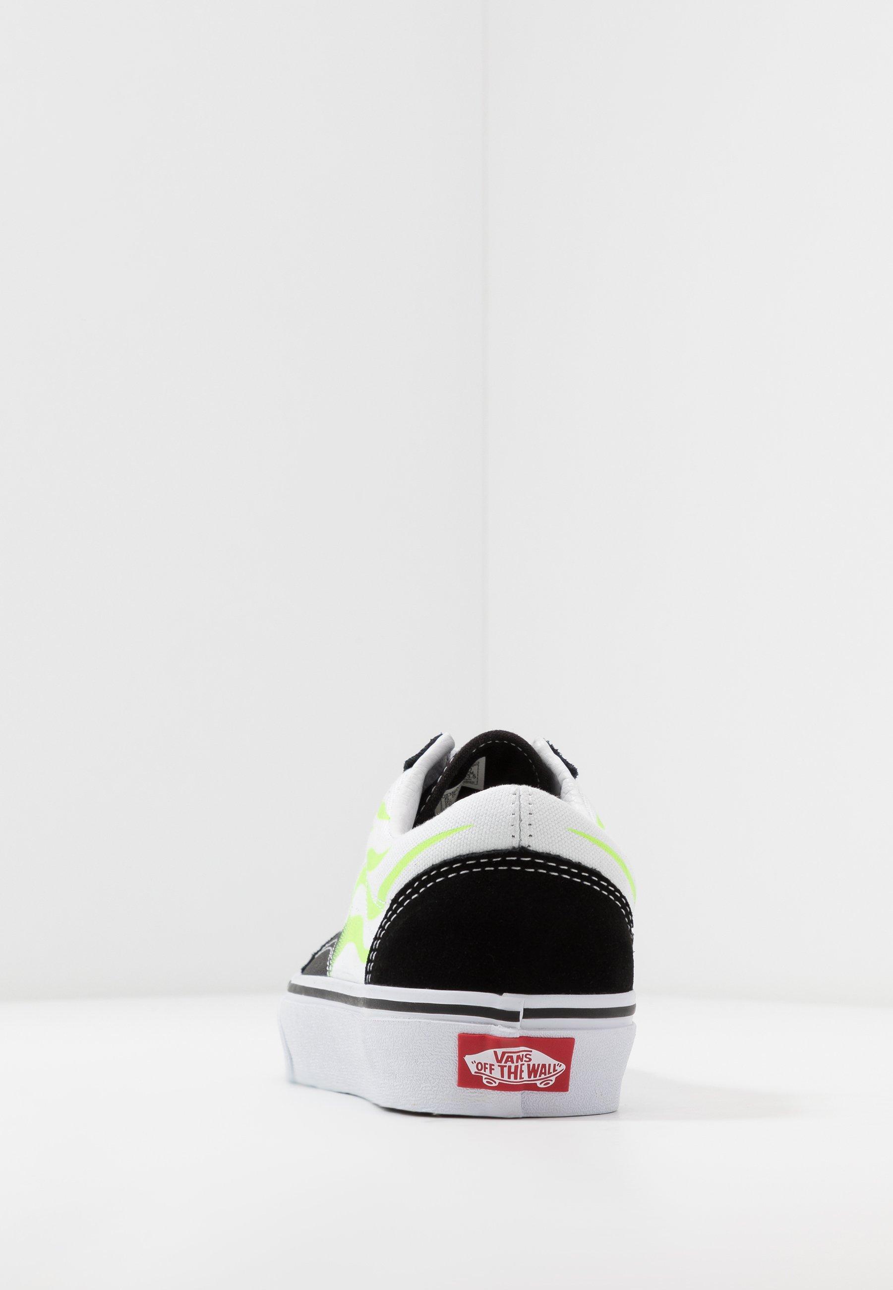 Vans OLD SKOOL - Sneakersy niskie - black/true white