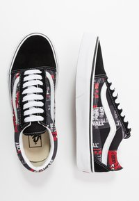 Vans - OLD SKOOL - Skate shoes - black/red/true white - 1