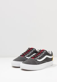 Vans - OLD SKOOL - Skatesko - black/true white - 2