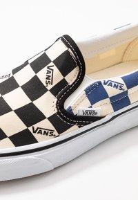 Vans - CLASSIC - Slip-ons - black/navy - 6