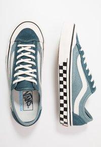 Vans - STYLE 36 DECON - Skate shoes - stargazer/lead - 1