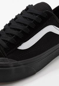 Vans - STYLE 36 DECON - Skate shoes - black/white - 6