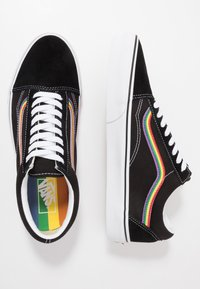 Vans - OLD SKOOL - Trainers - black/multicolor/true white - 1