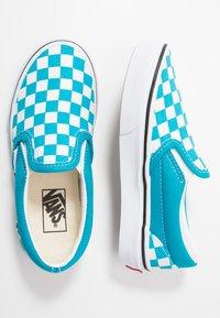 Vans - CLASSIC - Scarpe senza lacci - caribbean sea/true white - 0