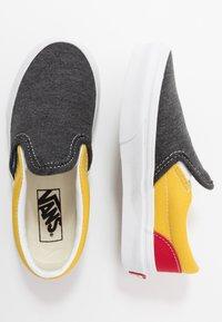 Vans - CLASSIC - Scarpe senza lacci - black/true white - 0