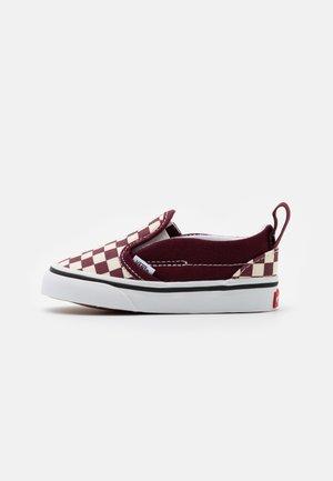 UNISEX - Sneakersy niskie - port royale/true white