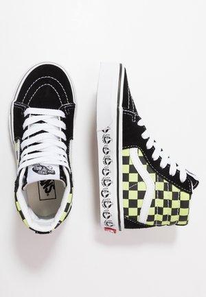 SK8 - Sneakers hoog - black/sharp green