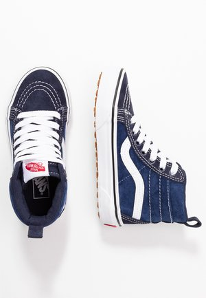 SK8 MTE - Höga sneakers - navy/true white