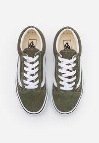 Vans - OLD SKOOL - Zapatillas - grape leaf/true white - 3