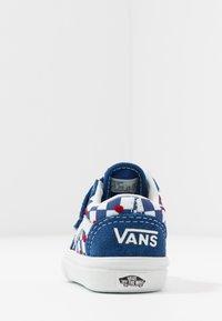 Vans - COMFYCUSH OLD SKOOL  - Zapatillas - true blue - 4