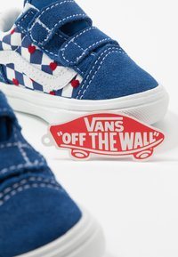 Vans - COMFYCUSH OLD SKOOL  - Zapatillas - true blue - 6