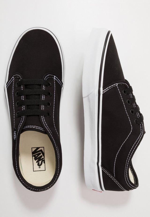 VULCANIZED - Sneakers - black/true white