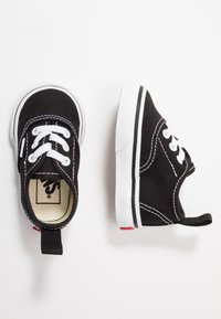 Vans - AUTHENTIC ELASTIC LACE - Loaferit/pistokkaat - black/true white - 0